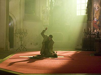 кадры из фильма Омен