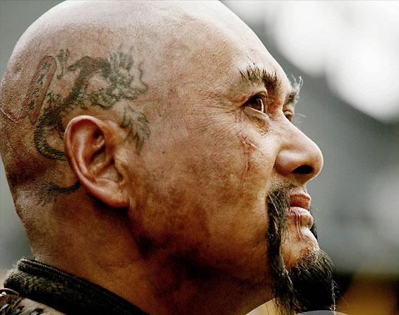 кадры из фильма Пираты Карибского моря: На краю света Чоу Юнь-Фат,