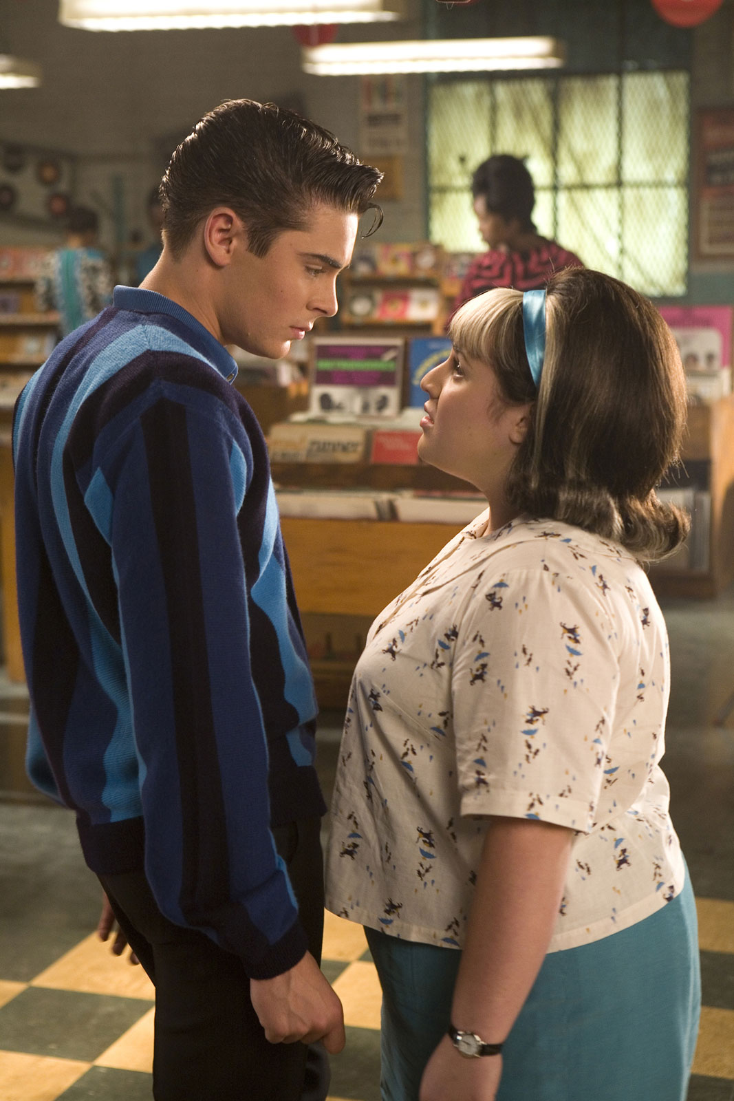 hairspray movie In 1960s baltimore, dance-loving teen tracy turnblad (nikki blonsky) auditions for a spot on.