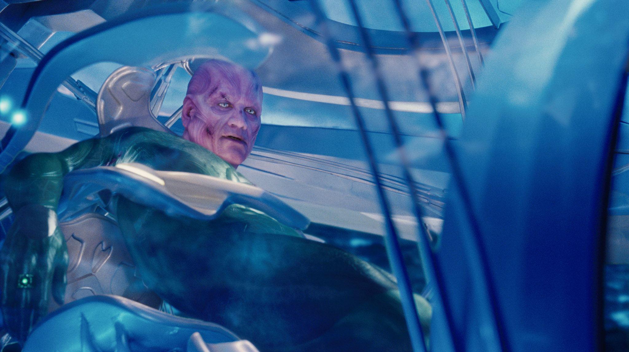 кадры из фильма Зеленый Фонарь Темуера Моррисон,
