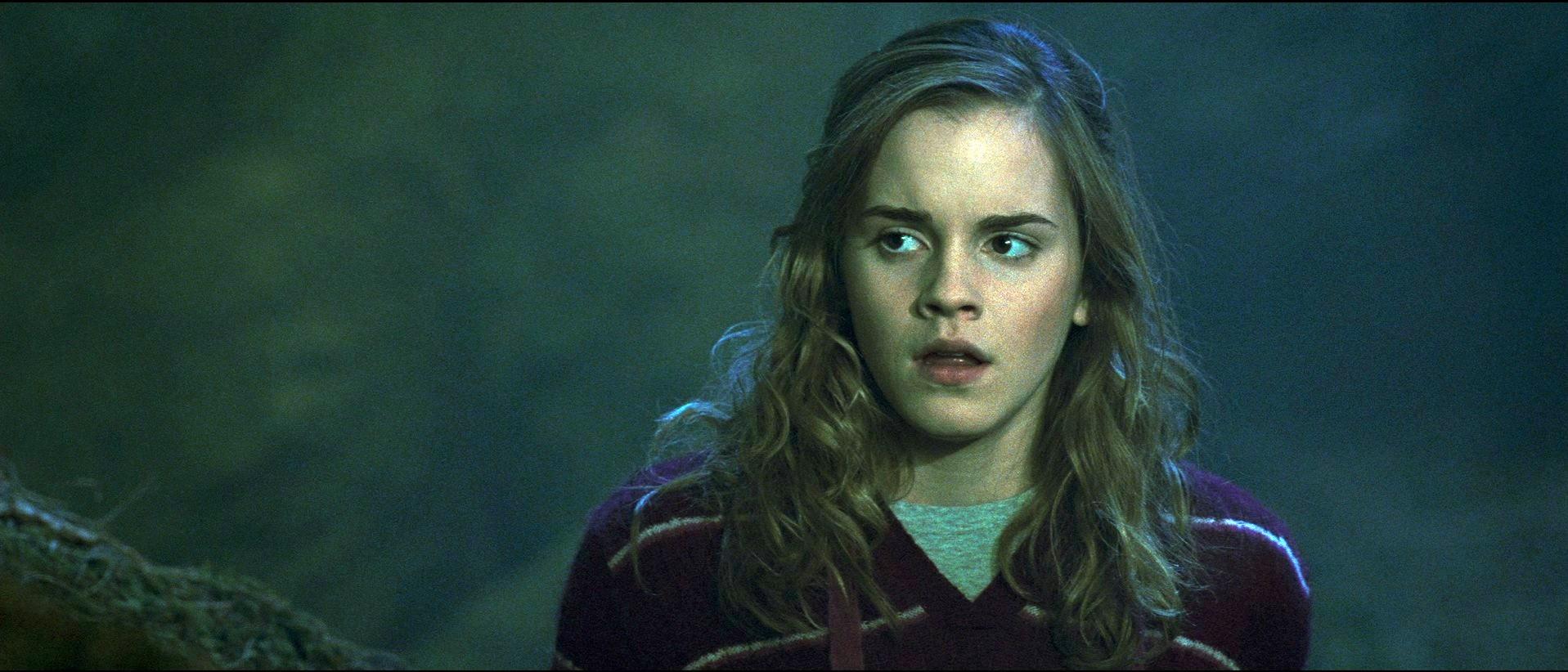 кадры из фильма Гарри Поттер и Орден Феникса Эмма Уотсон,