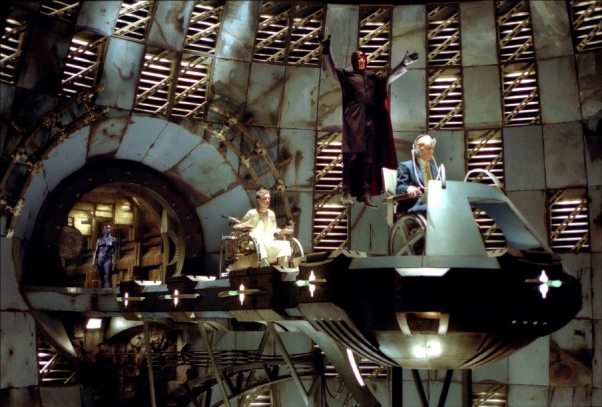 кадры из фильма Люди Икс 2 Ребекка Ромейн, Патрик Стюарт, Иэн МакКеллен,