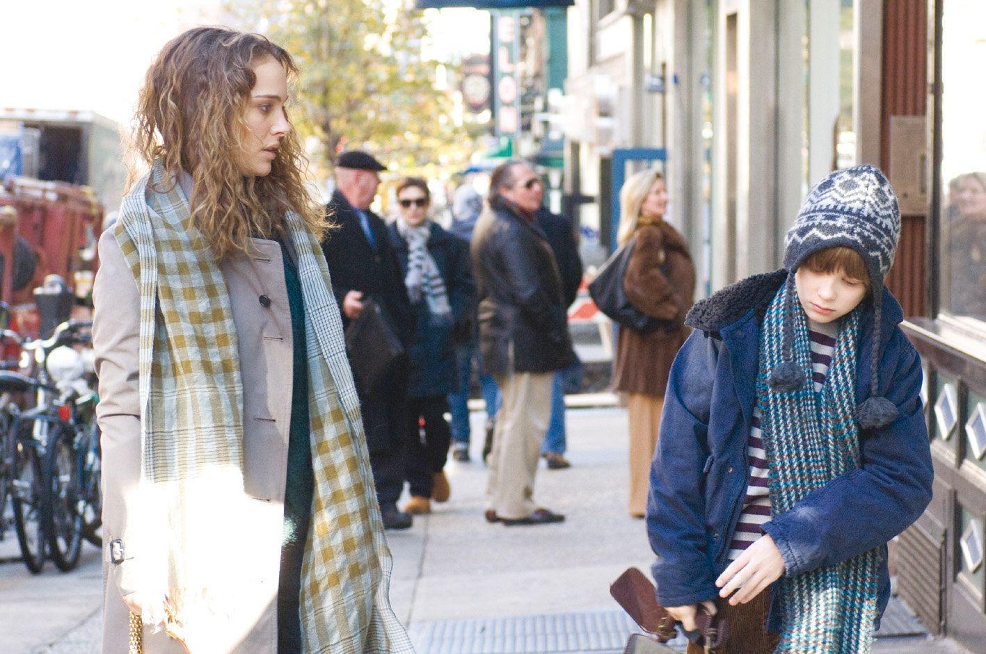 кадры из фильма Любовь и прочие обстоятельства Натали Портман, Чарли Тейхан,