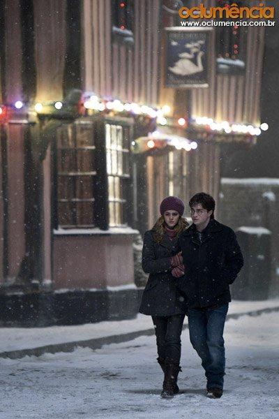 кадры из фильма Гарри Поттер и Дары Смерти: Часть первая Эмма Уотсон, Дэниэл Рэдклифф,