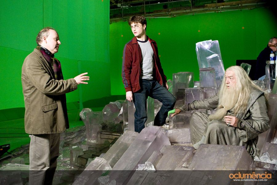со съемок Гарри Поттер и Принц-полукровка Дэвид Йейтс, Дэниэл Рэдклифф, Майкл Гэмбон,