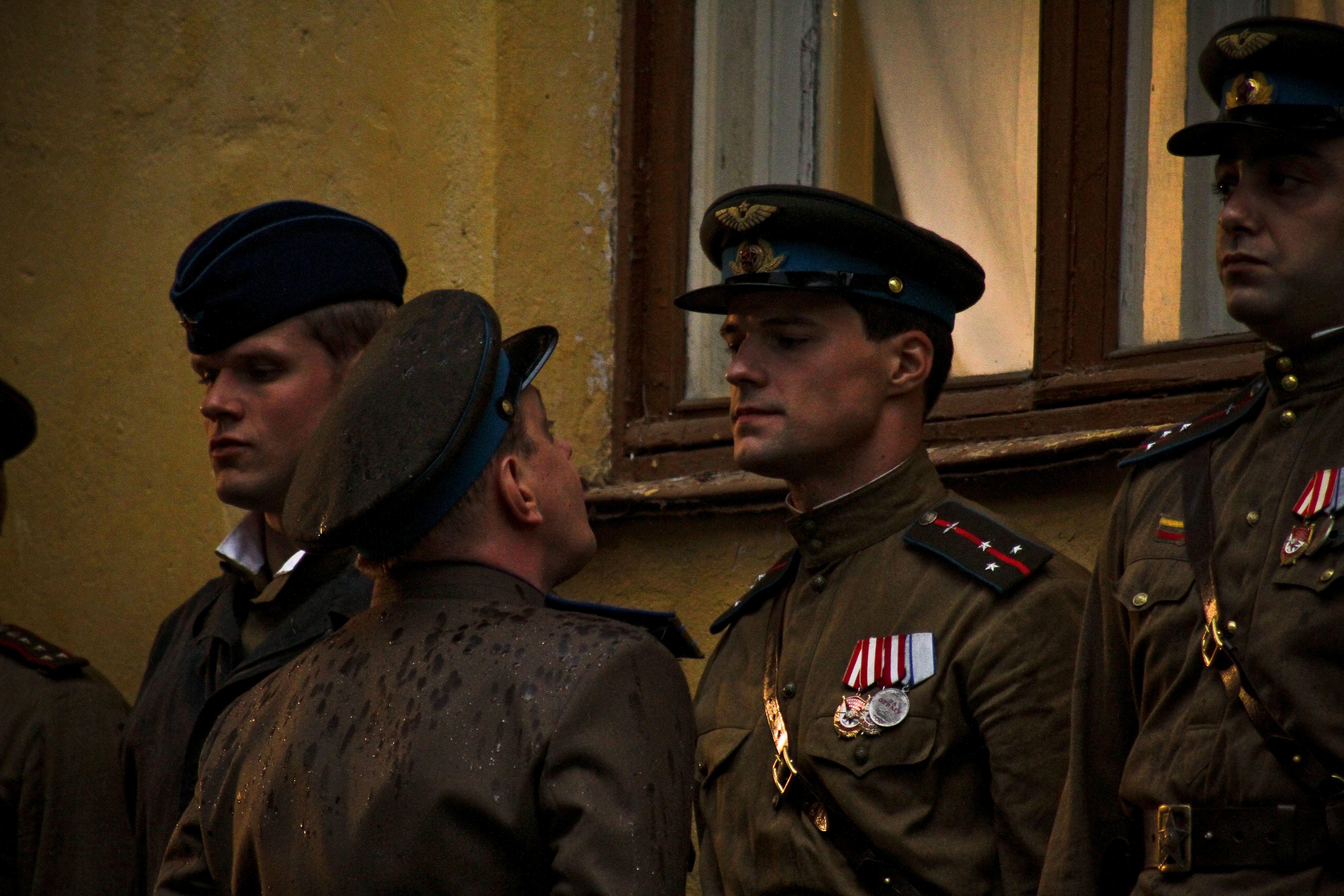 кадры из фильма Пять невест Данила Козловский,