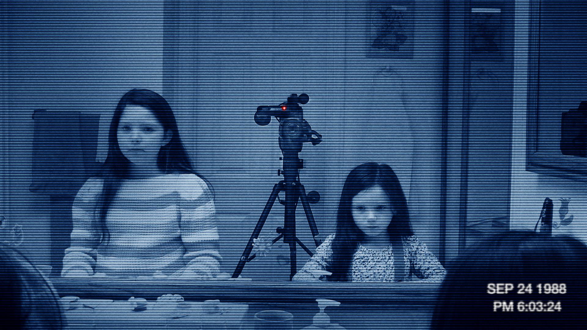 кадры из фильма Паранормальное явление 3