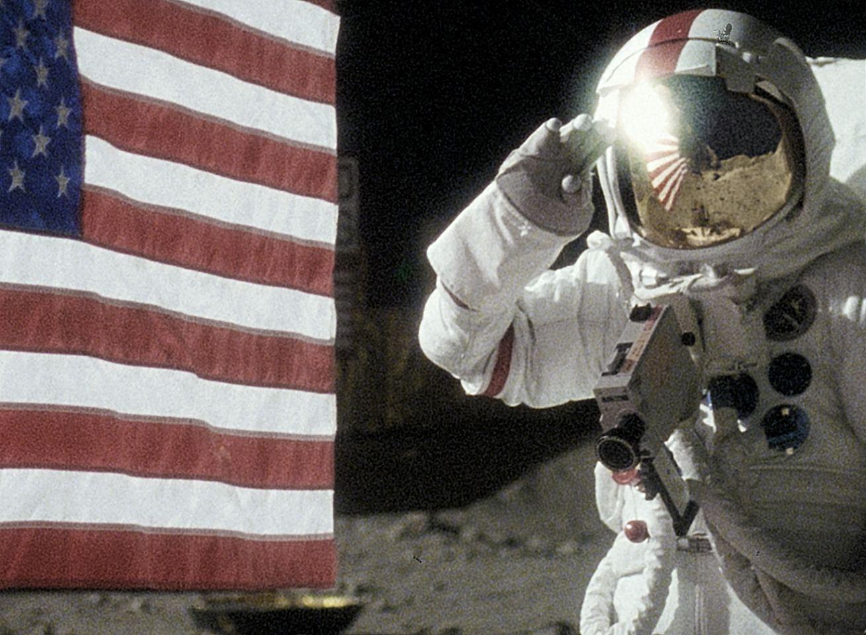 кадры из фильма Аполлон 18