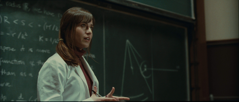 кадры из фильма Ева: Искусственный разум Марта Этура,