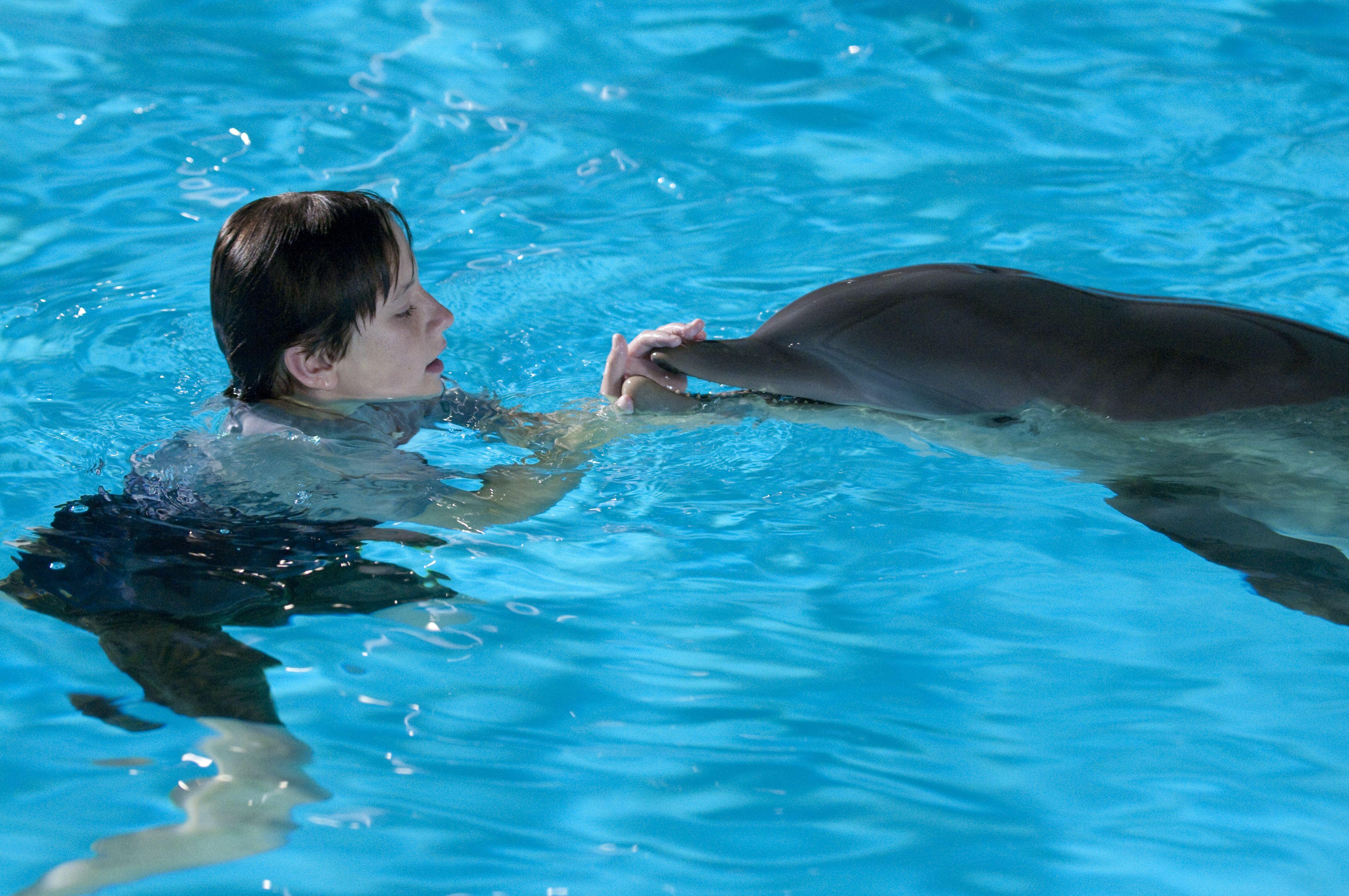 Секс с дельфином игра 10 фотография