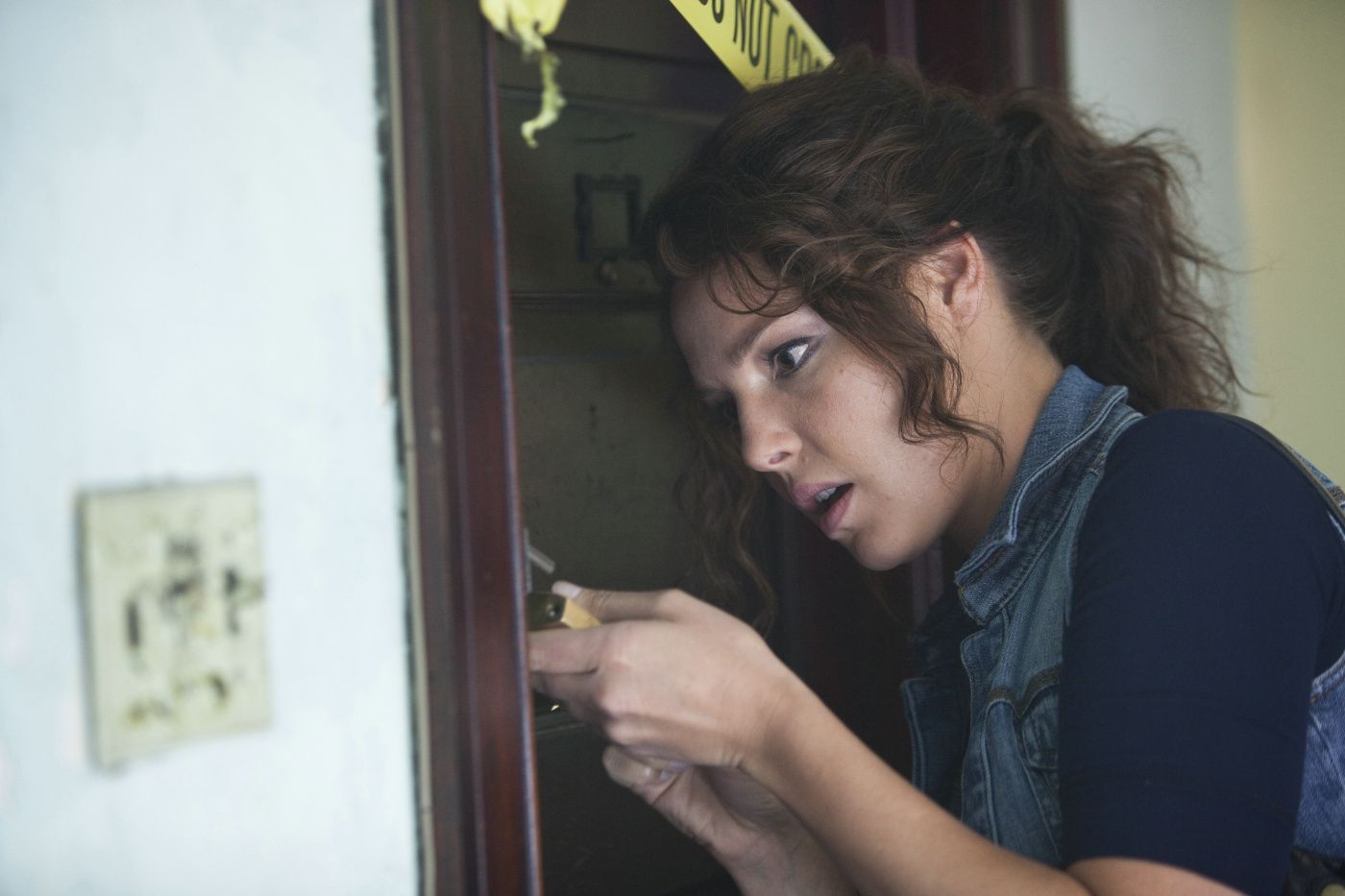 кадры из фильма Очень опасная штучка Кэтрин Хайгл,