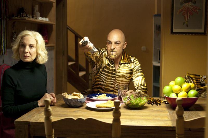 кадры из фильма Кожа, в которой я живу Мариса Паредес, Эдуард Фернандес,