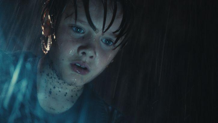 кадры из фильма Живая сталь Дакота Гойо,
