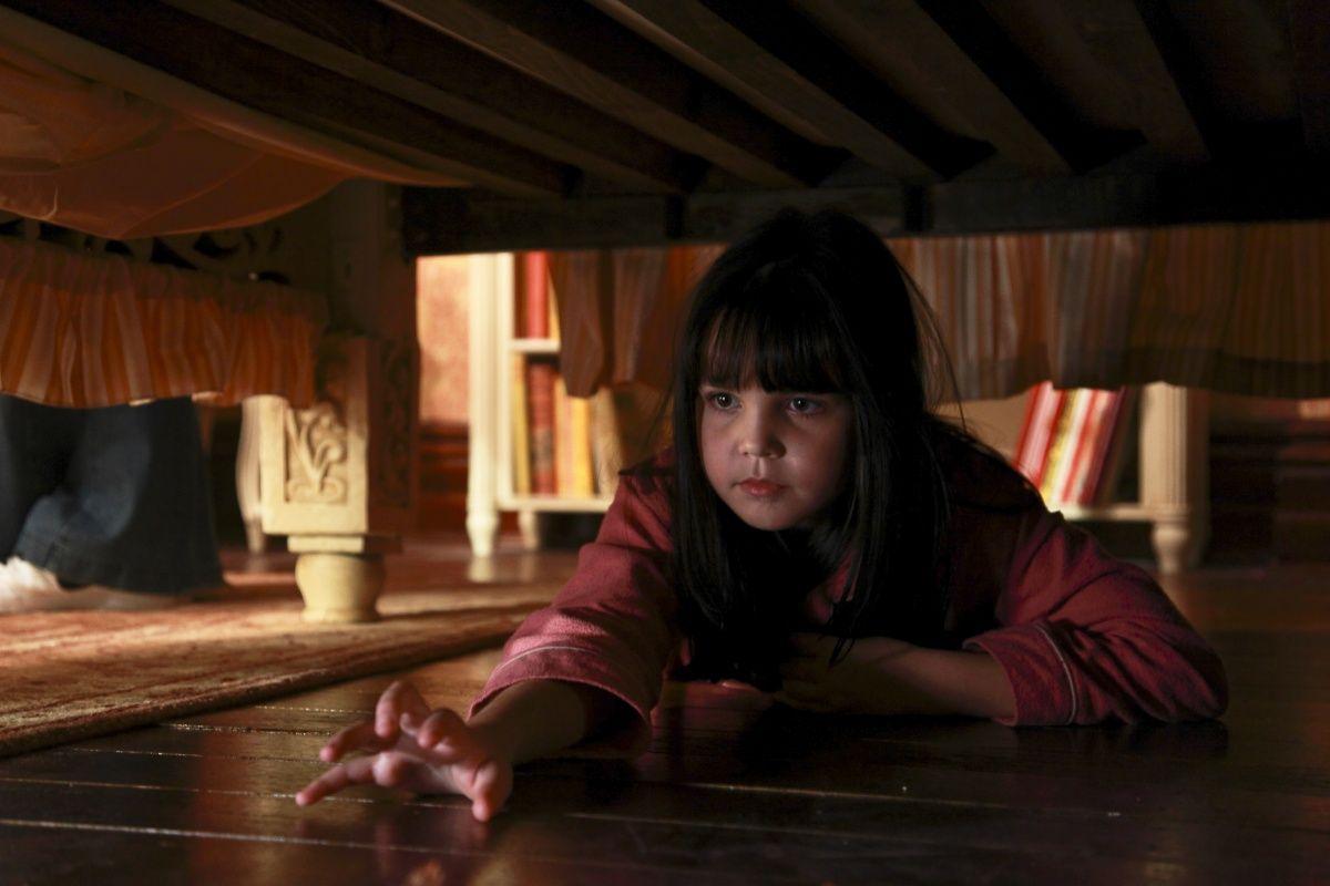 кадры из фильма Не бойся темноты Бэйли Мэдисон,