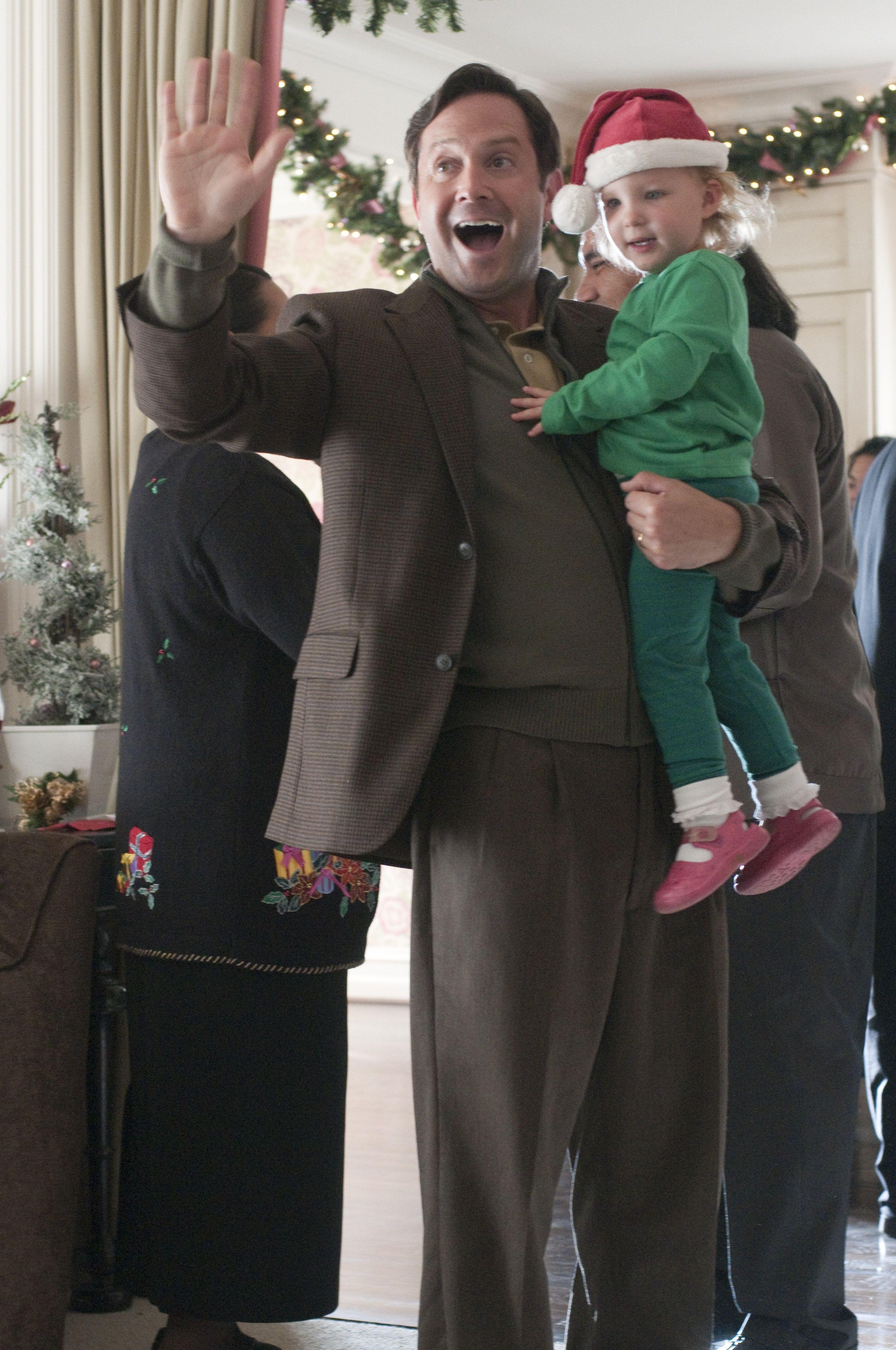 кадры из фильма Убойное Рождество Гарольда и Кумара Томас Леннон,