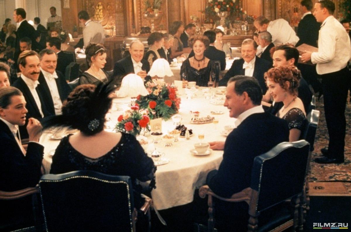 кадры из фильма Титаник Кейт Уинслет, Билли Зейн, Кэти Бэйтс, Виктор Гарбер, Леонардо ДиКаприо,