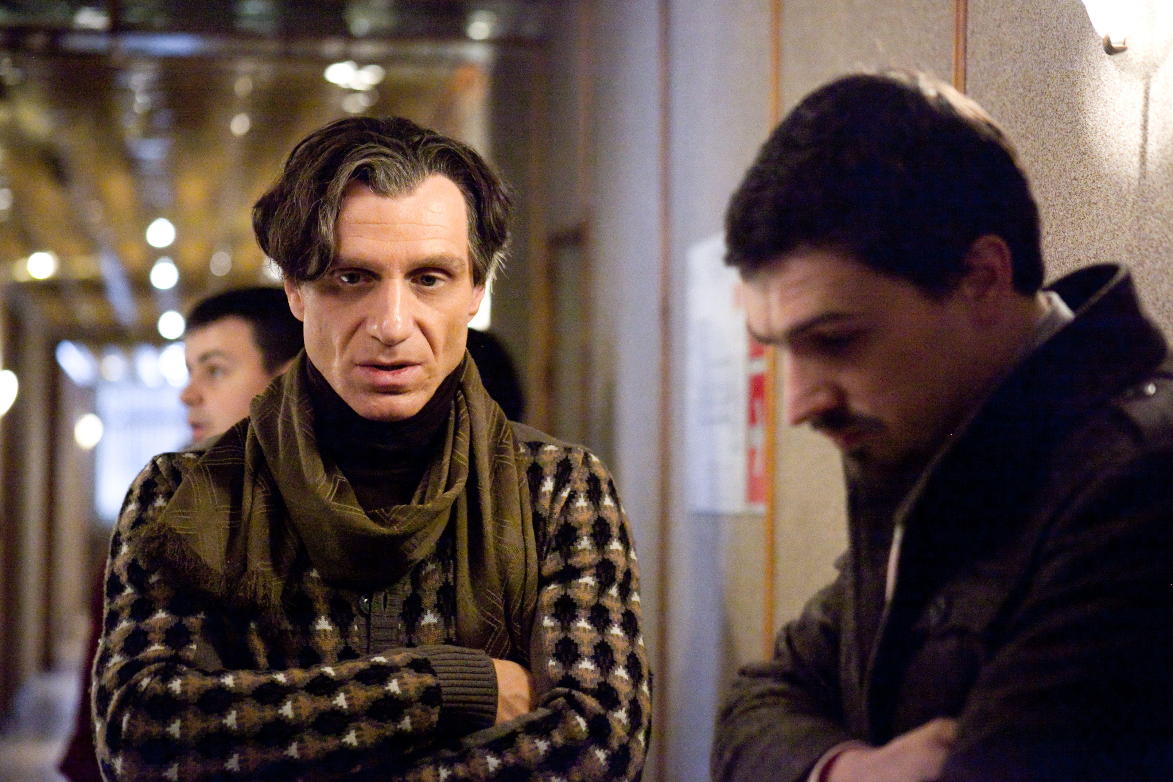 кадры из фильма Упражнения в прекрасном Виктор Шамиров, Павел Савинков,