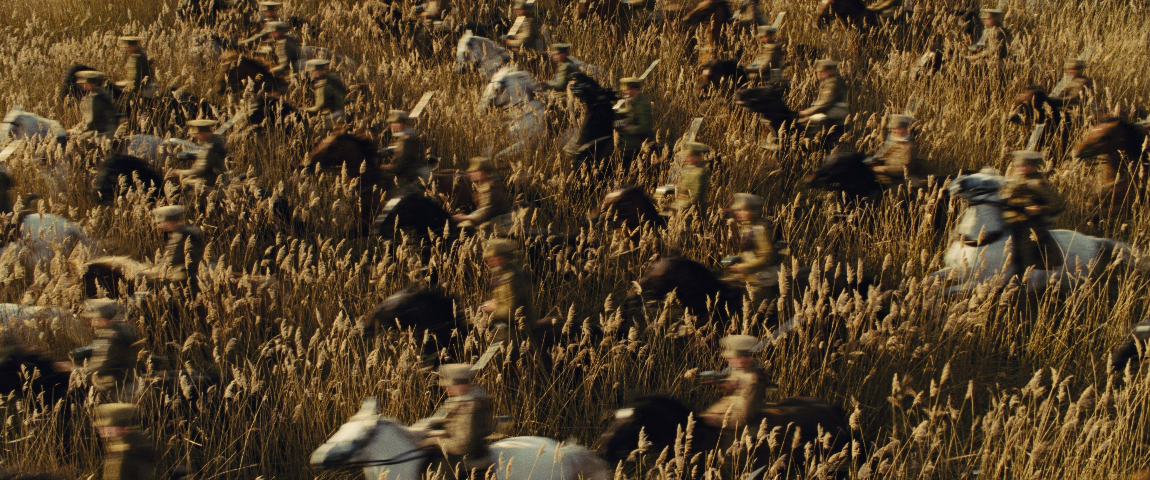 кадры из фильма Боевой конь