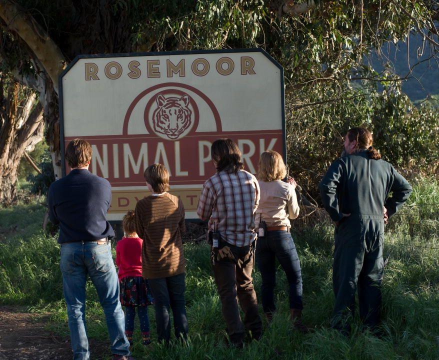 кадры из фильма Мы купили зоопарк Мэтт Дэймон, Патрик Фьюджит, Скарлетт Йоханссон,