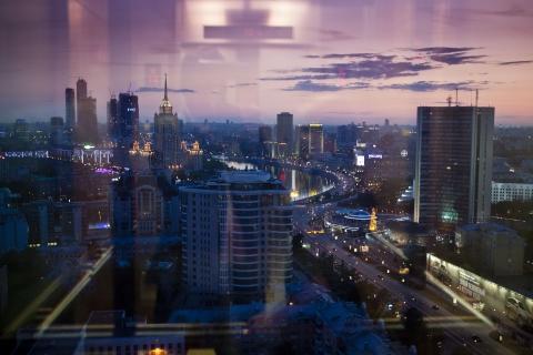 кадр №100367 из фильма Поцелуй Путина*