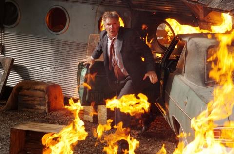 кадры из фильма Огненная стена Харрисон Форд,