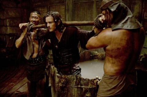 кадры из фильма Пираты Карибского моря: На краю света Орландо Блум,