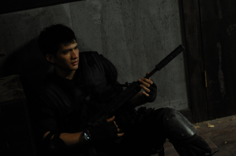 кадр №110226 из фильма Рейд