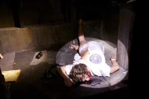 кадр №110788 из фильма Искатели могил