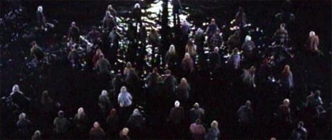 кадр №1130 из фильма Земля мертвых