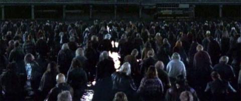 кадр №1138 из фильма Земля мертвых