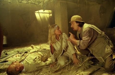 кадр №11425 из фильма Скалолазка и Последний из седьмой колыбели