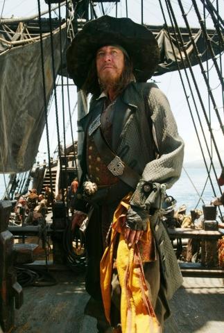 кадры из фильма Пираты Карибского моря: На краю света Джеффри Раш,