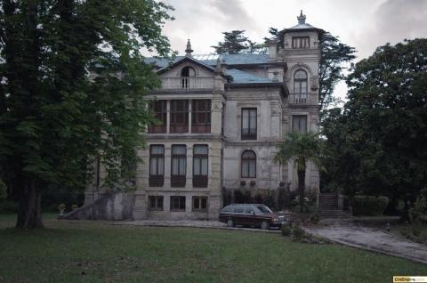 кадр №11499 из фильма Приют