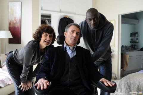 кадры из фильма 1+1 Анн Ле Ни, Омар Си, Франсуа Клюзе,