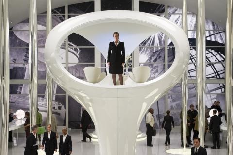 кадры из фильма Люди в черном 3 Эмма Томпсон,