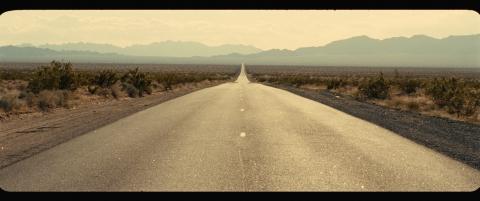 кадры из фильма На дороге