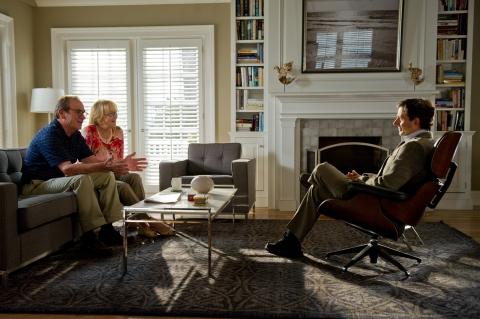 кадры из фильма Весенние надежды Томми Ли Джонс, Мерил Стрип, Стив Карелл,