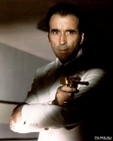 кадр №119548 из фильма Человек с золотым пистолетом