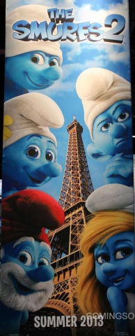 плакат фильма сейлс-арт Смурфики 2