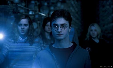 кадры из фильма Гарри Поттер и Орден Феникса Эмма Уотсон, Дэниэл Рэдклифф, Эванна Линч,