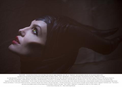 кадры из фильма Малефисента Анжелина Джоли,