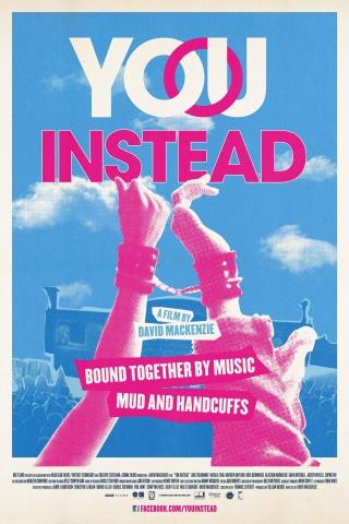плакат фильма постер Музыка нас связала
