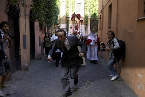 кадры из фильма Римские приключения Роберто Бениньи,