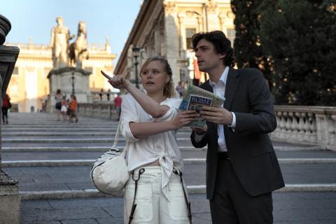 кадры из фильма Римские приключения Элисон Пилл, Флавио Паренти,