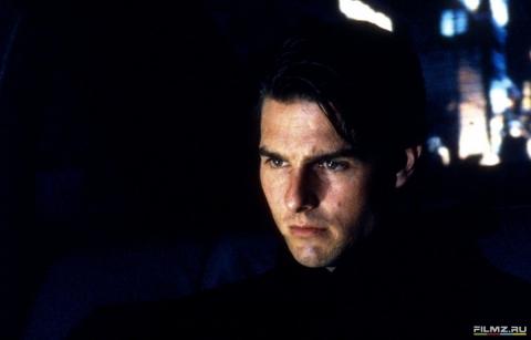 кадры из фильма С широко закрытыми глазами Том Круз,