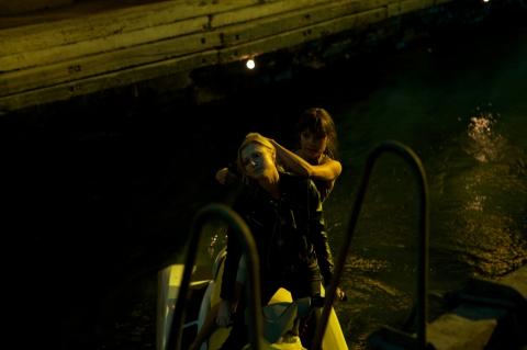 кадры из фильма Солдаты удачи Сара Энн Шульц, Оксана Коростышевская,
