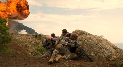 кадры из фильма Солдаты удачи Джеймс Кромвелл, Шон Бин, Доминик Монахан, Винг Рэймс,