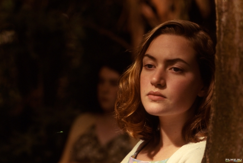 кадры из фильма Небесные создания Кейт Уинслет,