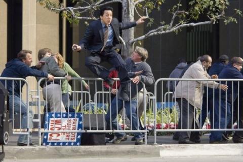 кадры из фильма Час пик 3 Джеки Чан,