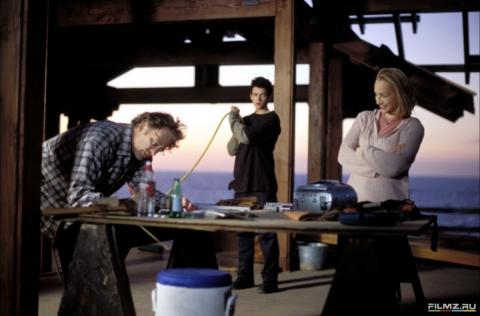 кадры из фильма Жизнь как дом Хейден Кристенсен, Кристин Скотт Томас, Кевин Клайн,